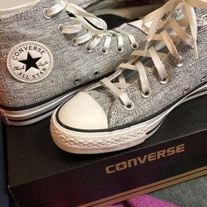 High top brand new never worn converse